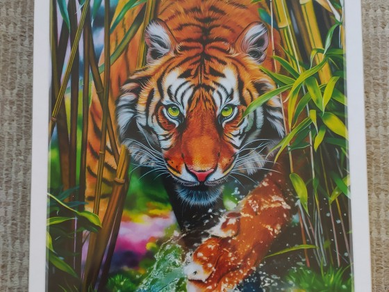 Grasping tiger, 1000 Teile (Trefl)