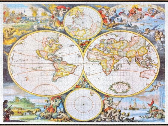 Trefl - Classical World Map, 3000