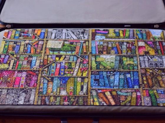 Bücherregal Puzzle
