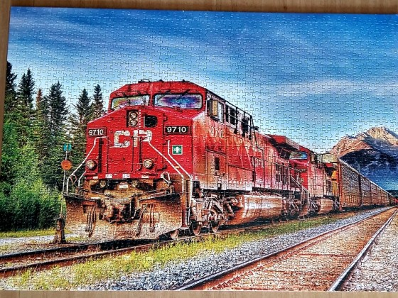 Canadian Pacific train entering Banff,  by Kevin Kaminsky 1500 Pieces ( Educa Puzzle )