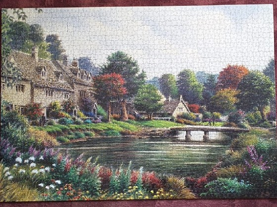 Mountain Village by Colin Newman 2000 pieces ( Art Puzzle )